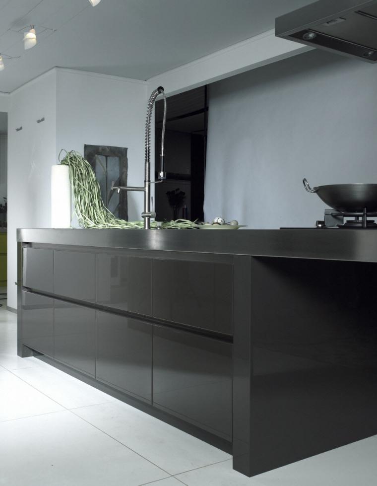 Grijze Keuken Met Wit Blad : Keuken Wit Met Grijs Blad : Een witte keuken met een grijs blad Anouk