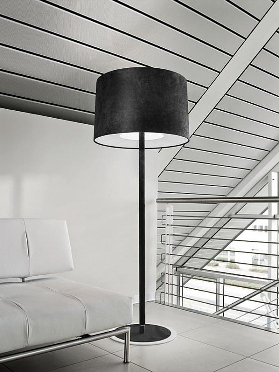 Zwart fluwelen vloerlamp